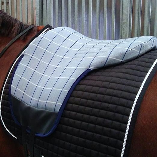 3: Onderkant van de bbp is de vorm van de rug van je paard.